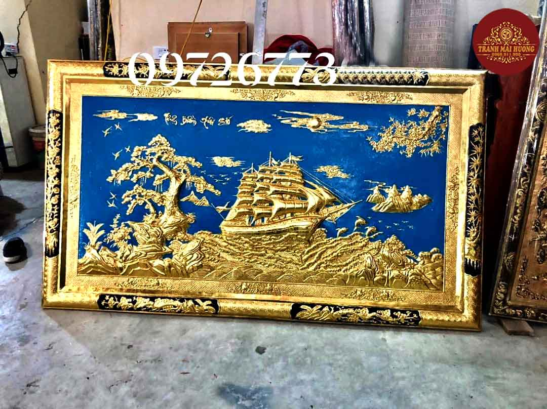Tranh đồng khung vàng dát vàng thuận buồm xuôi gió. KT: 1m1x1m9