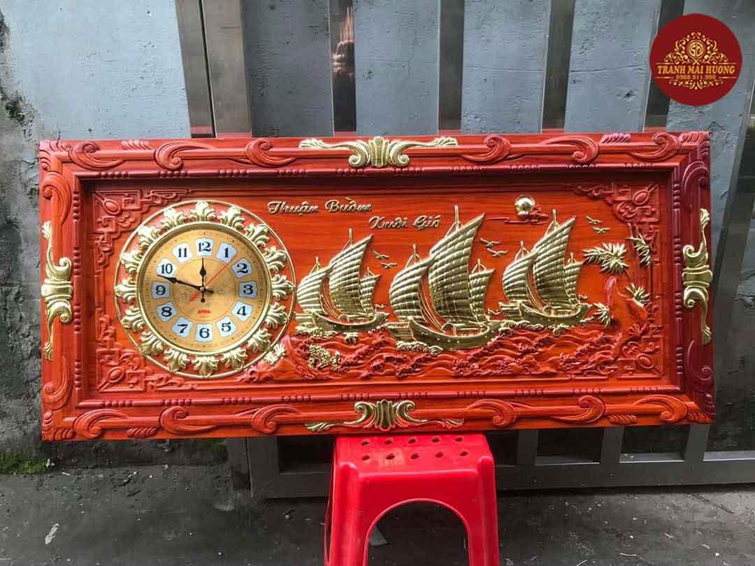 Tranh đồng hồ gỗ hương chữ phúc dát vàng. KT: 48x108x3