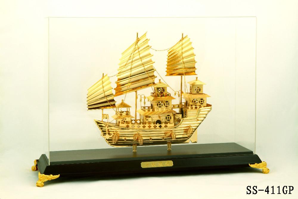 Mô hình thuyền buồm mạ vàng SS-411GP