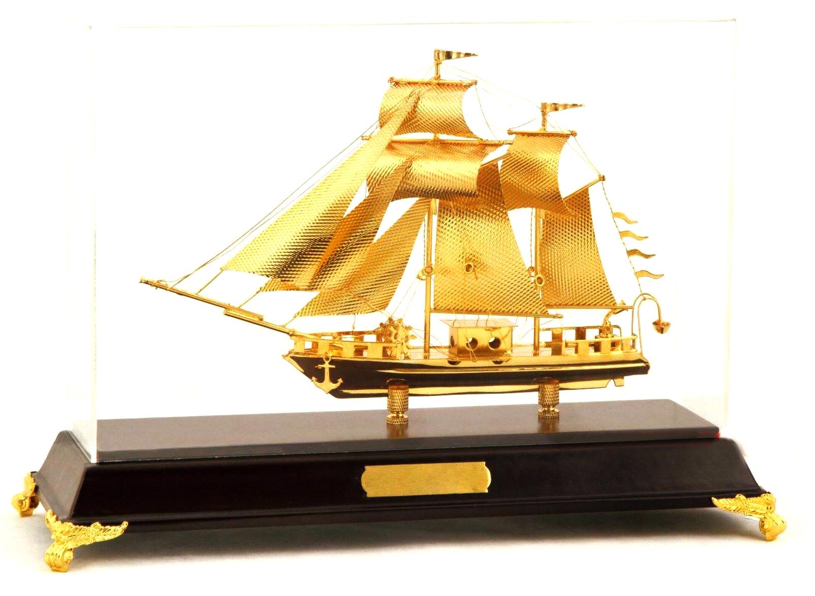 Mô hình thuyền buồm vàng 24k SS-423GP