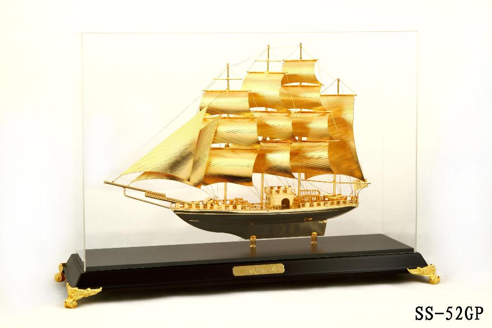 Mô hình thuyền mạ vàng SS-52GP